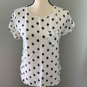 LOFT black & white short sleeved shirt